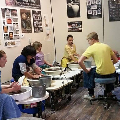 kids pottery classes